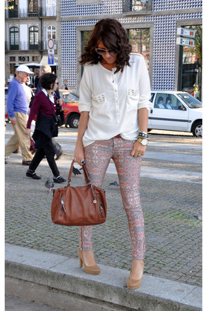 studded shirt Mango shirt - printed jeans Stradivarius jeans