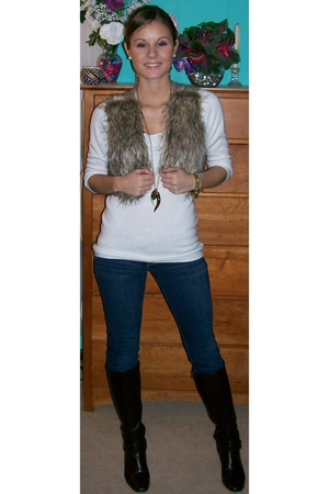 blue hollister jeans - white New York & Company sweater - brown Charlotte Russe