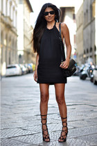 backless Zara dress - PROENZA SCHOULER bag - wayfarer ray-ban sunglasses