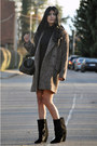 Black-lazio-isabel-marant-boots-camel-boyfriend-mango-coat