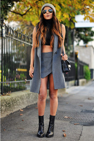 heather gray beanie Topshop hat - black ankle boots Theyskens Theory boots