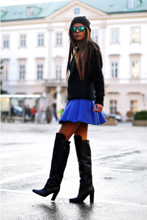 blue neoprene And Other Stories skirt - black over the knee H&M boots