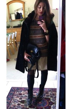 mens American Eagle sweater - doc martens boots - faux fur coat - Chanel bag
