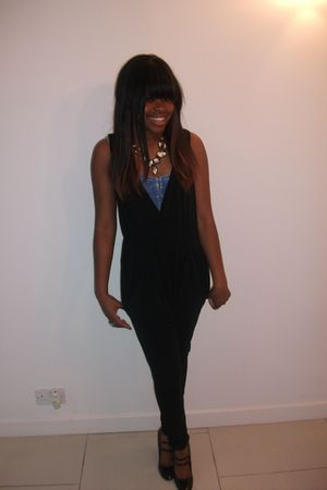 black unknown pants - blue Topshop top - black new look shoes