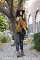 felt Urban Outfitters hat - leather Vince Camuto boots