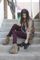 necessary clothing wedges - maroon Bullhead jeans - tan faux fur Lush jacket