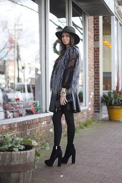 suede Dolce Vita boots - felt Forever 21 hat - faux leather Aqua skirt
