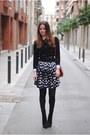 Zara-boots-blanco-skirt