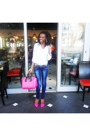 bubble gum faux leather Shiekh heels