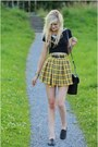 Yellow-skirt
