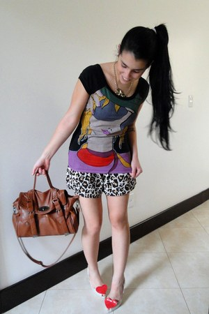 Emprio LaFefe shorts - Mulberry bag - Zara blouse