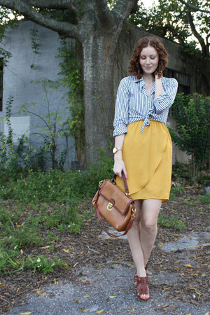 Ruche dress - thrifted vintage blouse - Fossil heels
