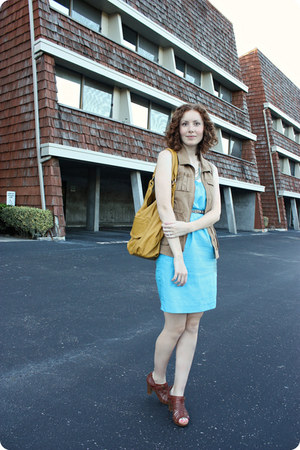 Fossil heels - banana republic dress - Old Navy vest