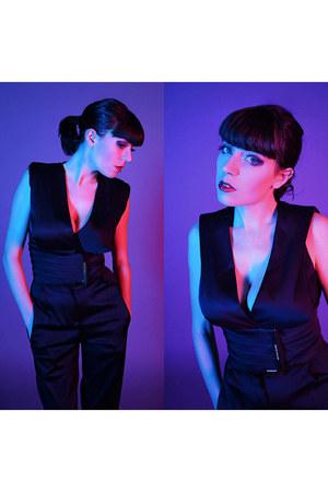 black Elisabetta Franchi suit