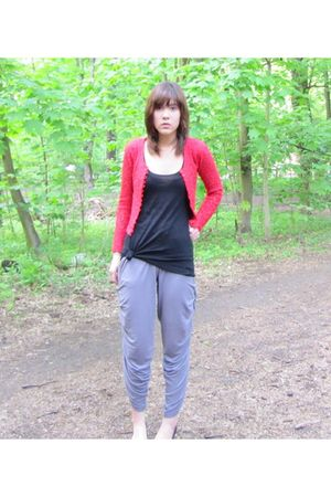 black H&M top - gray self-made pants - red vintage cardigan