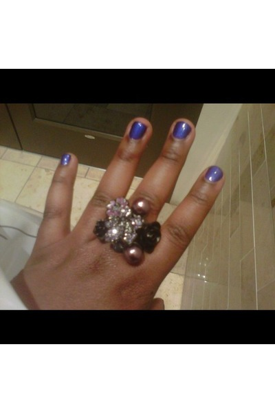 New York & Company ring