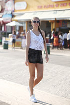 Bridget & Olivia top - H&M shorts - Adidas Original - Superstar sneakers