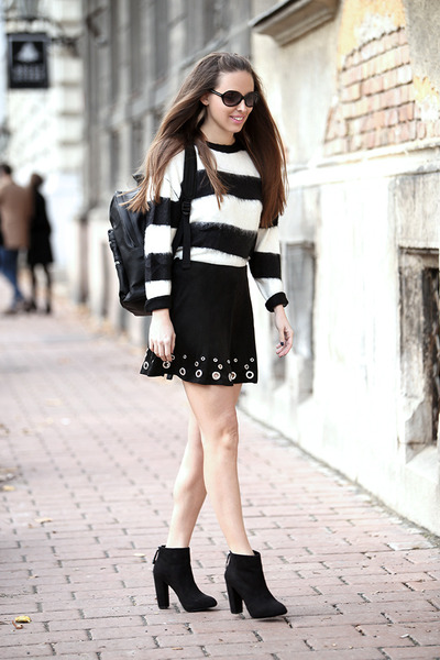 Mango-boots-mango-sweater-mango-skirt