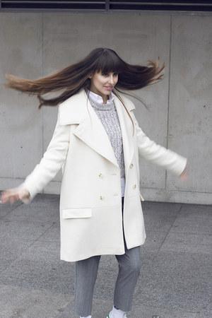 H&M coat - H&M sweater - Pepe Jeans pants
