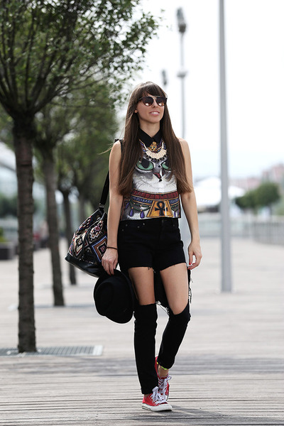 Poster Urban Outfit bag - Retro shoes - Mango Handmade jeans