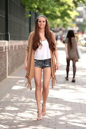 Zara dress - Primark shorts - H&M top - Cango&Rinaldi bracelet