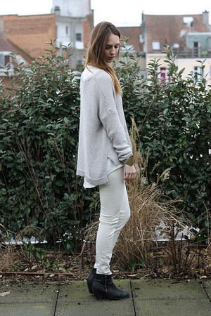 Levis jeans - Sascha boots - H&M Trend jumper