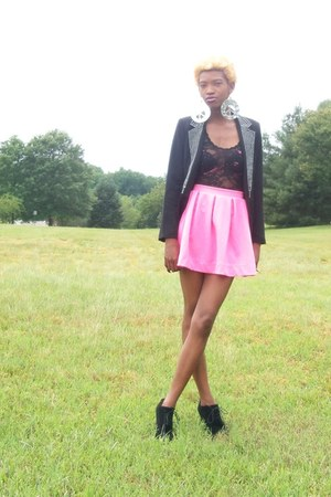 bubble gum skirt - black studded Forever 21 blazer - black lace vest