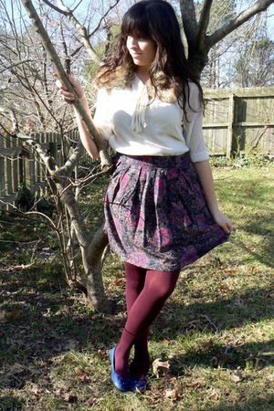 thrifted shirt - Etsy skirt - HUE tights - Kimchi Blue shoes - H&M accessories