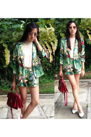 floral Lovemarks Collection blazer - floral Lovemarks Collection shorts
