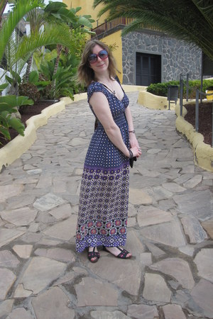 deep purple Dorothy Perkins dress - hot pink Primark sunglasses