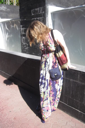 deep purple New Look halterneck maxi dress - brick red Thrifted elephant bag