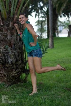 jean shorts Zara shorts - Mango top