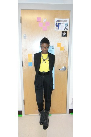 black blazer - boots - necklace - black pants