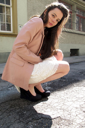 light pink H&M blazer - ivory lace Zara skirt - black goertz wedges