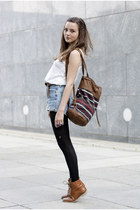 H&M top - brown Pull and Bear bag - light blue vintage Levis shorts