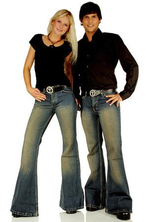 dirty comycom jeans