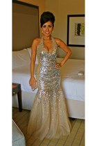 silver sequins La Femme dress - swarovski Tasha bag - charol Aldo pumps