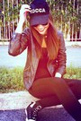 Guess-shoes-leather-jacket-bershka-jacket-viscosa-forever-21-leggings
