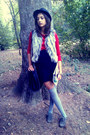 Meli-melo-hat-claires-bag-accessorize-socks-orsay-blouse-primark-vest