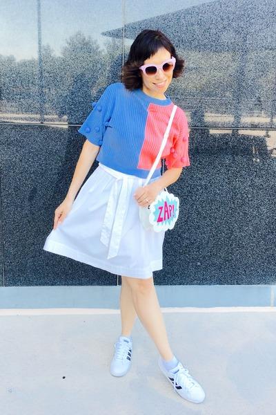 White Ali Express Purse Sky Blue Pepper Top Thrifted Skirt