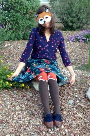 navy fox Anthropologie shirt - dark brown oxfords modcloth shoes