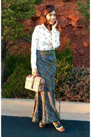 light brown plaid thrifted skirt - tan mary janes shoes
