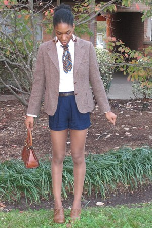 thrifted blazer - thrifted scarf - thrifted vintage purse - Forever 21 shorts