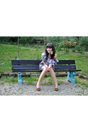 Romwecom dress - Zara heels