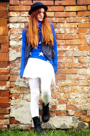 black H&M hat - blue Wildfox sweater - white Foxy Green remake skirt
