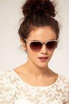 bubble gum floral pattern sunglasses