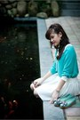 Turquoise-blue-blouse-white-skirt-turquoise-blue-flats