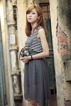 charcoal gray chiffon skirt - black stripes top