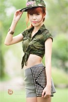 black bag - heather gray skirt - army green top