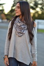 Heather-gray-no-brand-scarf-black-chain-accent-dvf-boots